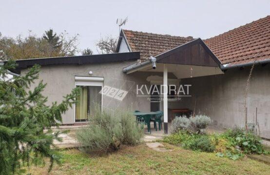 Kelebija, prizemna samostalna kuća sa potkrovljem!!!