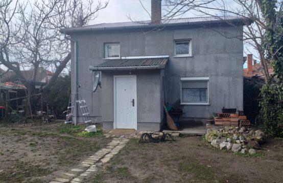 Aleksandrovo, Prizemna samostalna kuća sa potkrovljem!!!