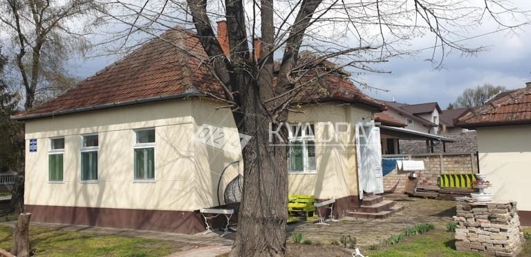 Kertvaroš, prizemna dvojna kuća!