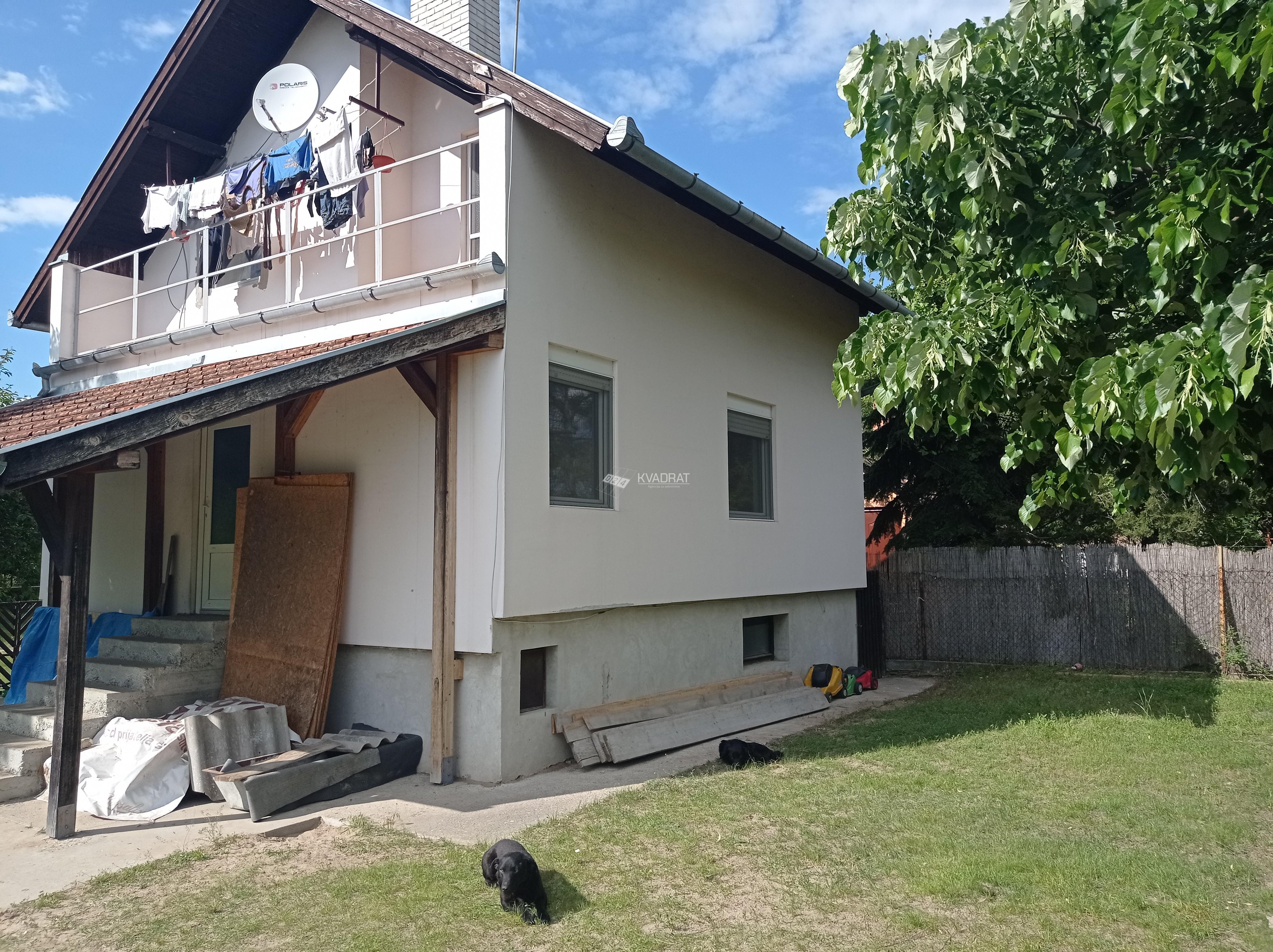 Srpski šor, prizemna samostalna kuća sa potkrovljem!